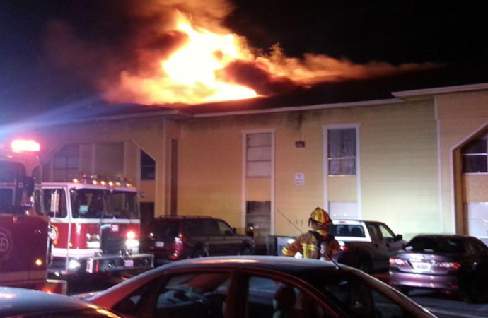 2-Alarm Fire at Spanish Garden Apartments on Royal Lane