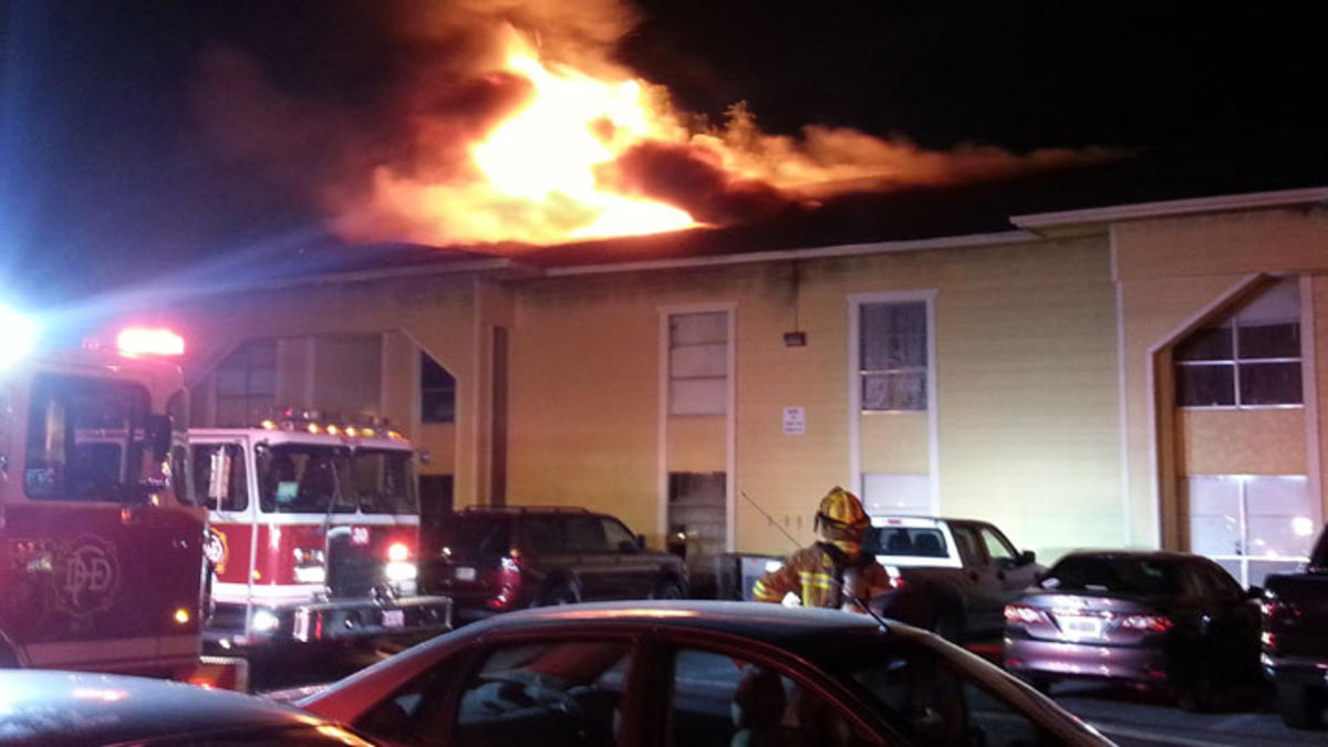 dallas-apartment-fire-062113